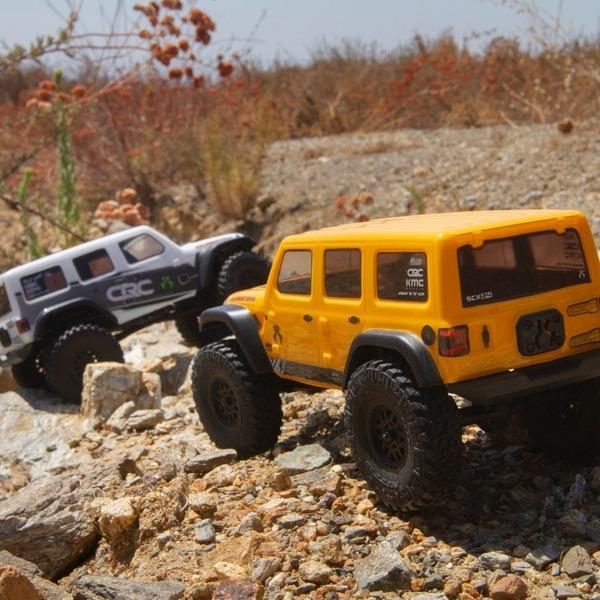 jeep wrangler blanco y amarillo comprar